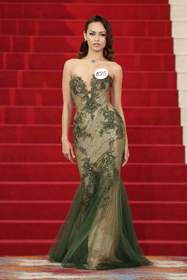 Mai Ngô tham gia Hoa hậu Hoàn vũ 2017 và đang là thí sinh gây nhiều sự chú ý