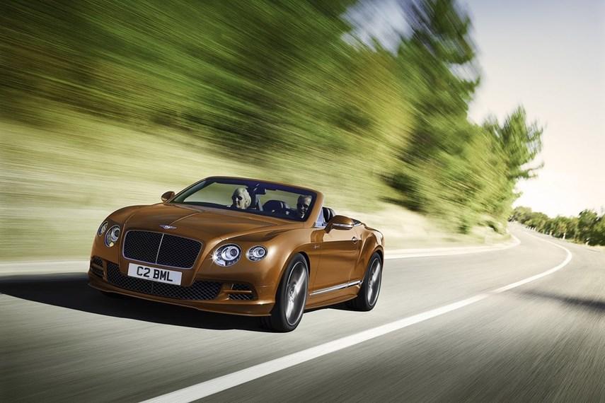 Bentley Continental GT Speed bản 2015 tiếp tục sử dụng động cơ W12 dung tích 6.0 lít nhưng nhờ hiệu chỉnh một số chi tiết mà công suất cực đại tăng 10 mã lực lên mức 626 mã lực, mô-men xoắn cực đại tăng 23 Nm lên mức 820 Nm. Xe chỉ cần 4 giây để tăng tốc từ 0-100 km/h và có tốc độ tối đa lên tới 331 km/h.