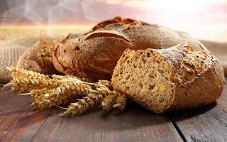 Tin tức trong ngày 24/5: Bánh mì sản xuất từ chất cấm gây ung thư