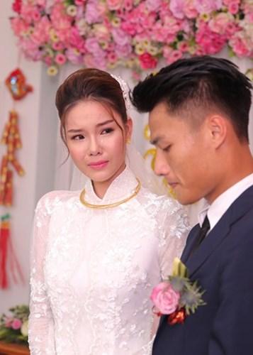 Yêu Mạc Hồng Quân, Kỳ Hân trở thành cô gái bản lĩnh nhất showbiz Việt. Ảnh: Tiền Phong.