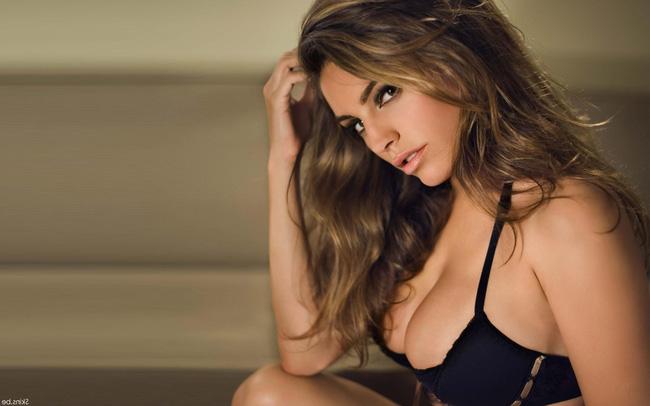 Các nhà khoa học của Đại học Texas vừa tuyên bố rằng, người mẫu kiêm diễn viên nước Anh Kelly Brook là người phụ nữ sở hữu thân hình hoàn hảo nhất thế giới.
