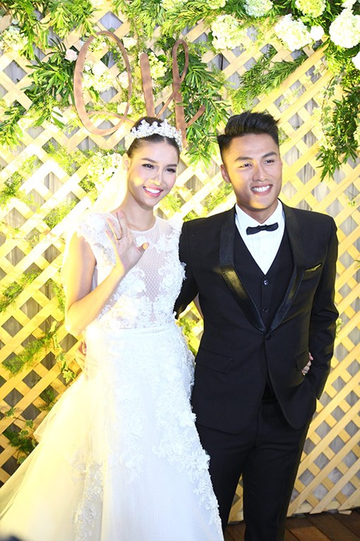 Bố mẹ Kỳ Hân – Mạc Hồng Quân không xuất hiện trong lễ cưới của con