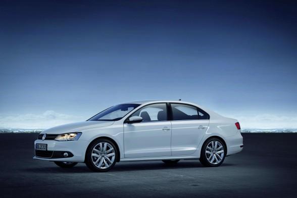 Top 5 ô tô cũ giá rẻ dưới 300 triệu đồng dành cho phái nữ