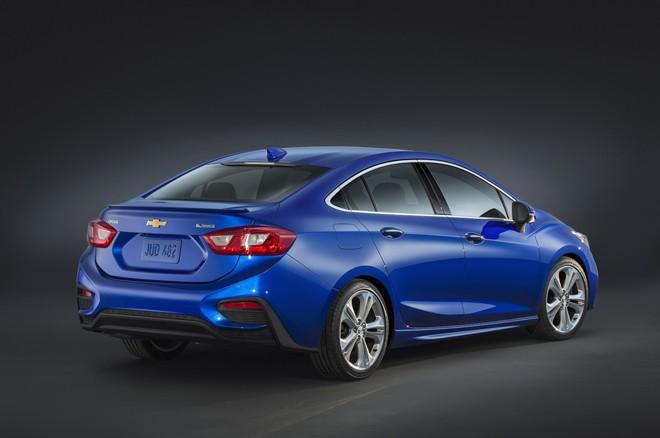 Tuy nằm trong phân khúc giá rẻ nhưng mẫu sedan này lại sở hữu thiết kế lịch lãm và cá tính.