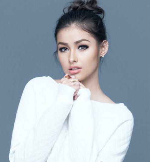 Liza Soberano có dòng máu lai Philippines và Mỹ.