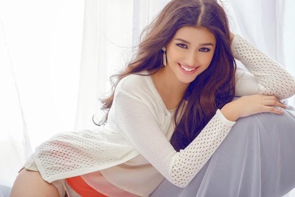Lớn lên, cô dễ dàng gặt hái được nhiều thành công ở lĩnh vực người mẫu, ca sĩ kiêm diễn viên.