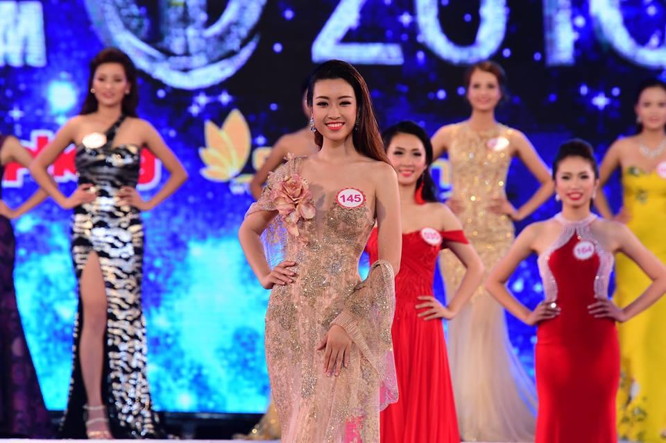 Đỗ Mỹ Linh (SBD145) sinh năm 1996 đến từ Hà Nội. Cô hiện đang là sinh viên trường Đại học Ngoại thương Hà Nội. Cô từng lọt top 15 cuộc thi Hoa hậu Hoàn vũ Việt Nam 2015.
