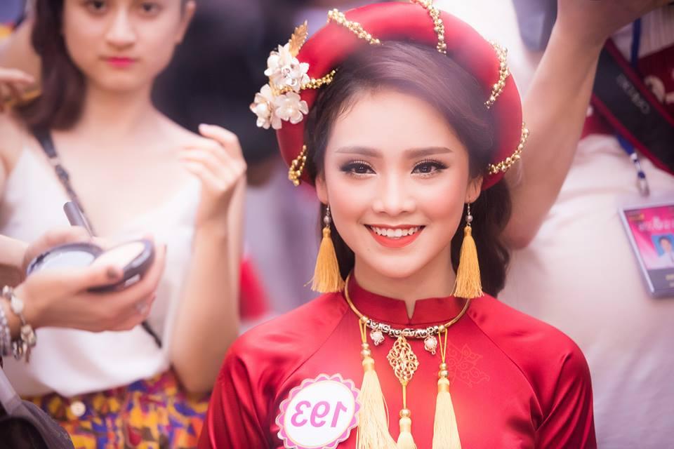 Tố Như từng đăng quang Hoa khôi Thanh niên Thanh lịch và Thời trang của thành phố Thái Nguyên năm 2012.