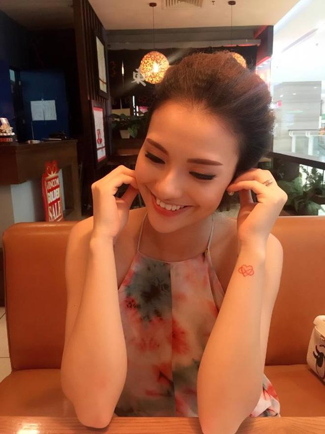 Hồng Quế nói rằng khi cô biết Cherry có mặt trên cuộc đời này cũng là lúc cô thấy hài lòng với tất cả, không còn muốn ghen tuông với mọi thứ, sống rộng lượng và không suy nghĩ quá nhiều.