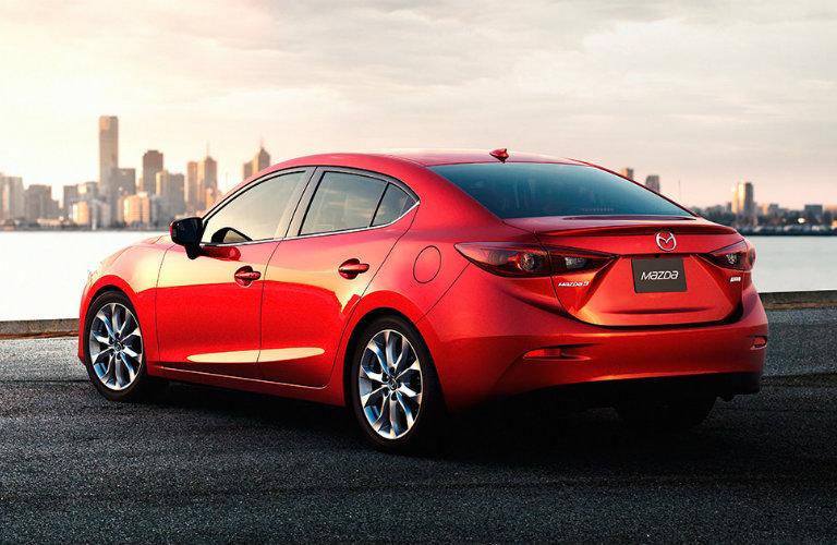 Đây là lần đầu tiên trong nhiều năm qua, một chiếc ô tô được công khai số liệu bán hàng tại thị trường Việt Nam đạt doanh số trên 1.500 xe/tháng và có thể lần đầu tiên một mẫu sedan hạng C làm được điều này.