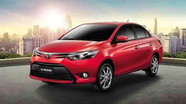 Trong top 10 xe bán chạy nhất trong tháng 7, Toyota Vios lập kỷ lục với gần 2.000 xe. Trong tổng số 1.890 xe được tiêu thụ trong tháng 7 của mẫu sedan hạng B Toyota Vios, khu vực miền Bắc vẫn là thị trường ưa chuộng với 1.130 xe bán ra. Thị trường miền Nam chỉ đạt 468 xe trong khi miền Trung thấp hơn với 292 chiếc.