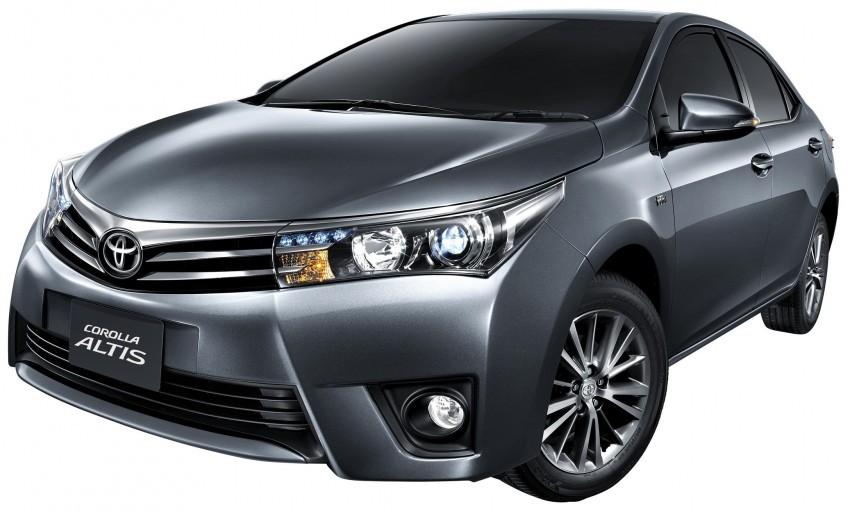 Trước đó, kể từ ngày 1/7/2016, do thuế tiêu thụ đặc biệt giảm, giá bán Toyota Corolla Altis giảm từ 48 - 59 triệu đồng, xuống 747 - 933 triệu đồng tùy phiên bản.