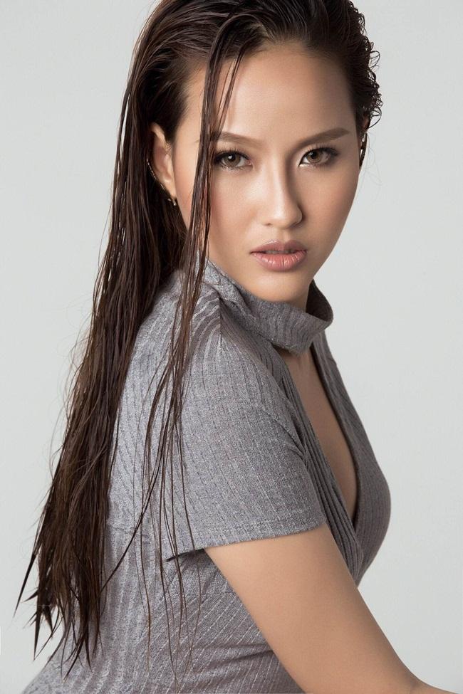 Khánh Ngân đang nhận được nhiều lời mời đóng phim quảng cáo tuy nhiên hiện tại cô dành thời gian cho chương trình The Face.