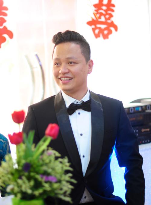 Anh rể của cô (chồng Á hậu Trà My) là 1 doanh nhân nổi tiếng giàu có, quê gốc ở Hải Dương.