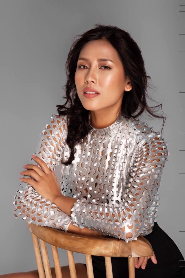 Do gặp vấn đề về việc xin visa, nên Huỳnh Yến Nhi đã lỡ hẹn với Miss Grand International 2016 (Hoa hậu Hòa bình quốc tế 2016).