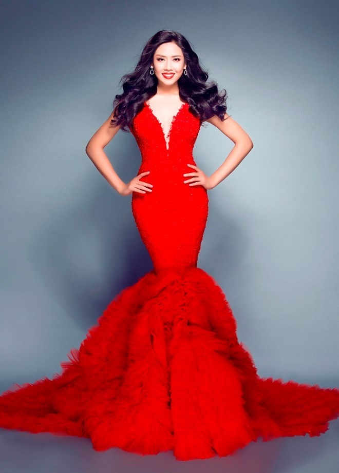 Nguyễn Thị Loan là cái tên không còn xa lạ với công chúng. Dù cô chưa từng một lần được chạm tay vào chiếc vương miện Hoa hậu trong các cuộc thi mà cô tham gia.