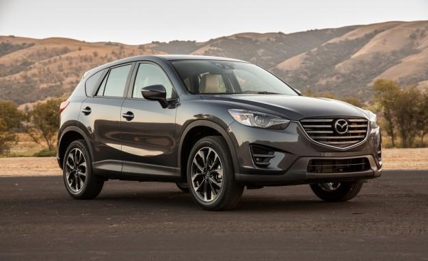 6. Mazda CX5 đứng ở vị trí thứ sáu với 784 xe được bán ra trong tháng 9. Mazda CX5 có giá bán dao động từ 1,039 – 1,098 tỷ đồng.