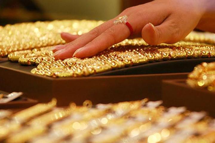 giá vàng hôm nay 25/10: giá vàng bất ngờ tăng
