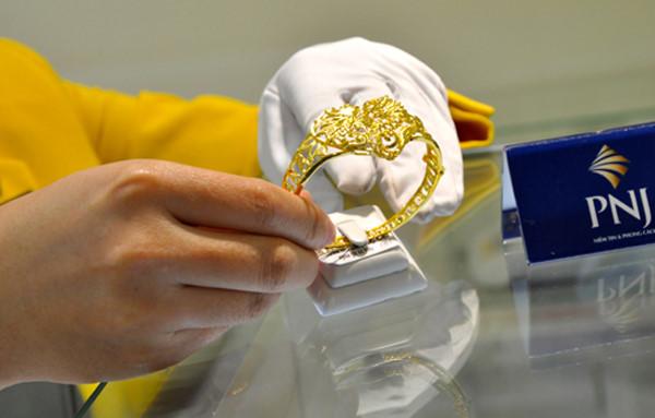 giá vàng hôm nay ngày 26/11/2016: Vàng tăng ngược chiều thế giới