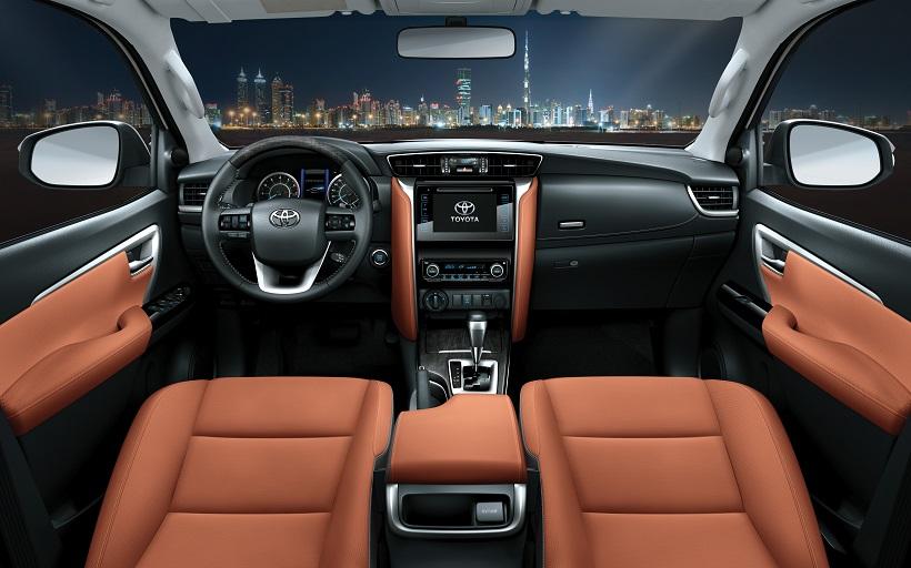 Toyota Fortuner xe 7 chỗ bán chạy người tiêu dùng có nên mua