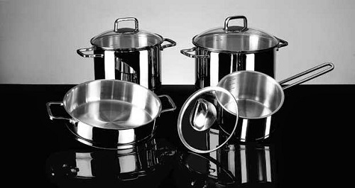 Cách sử dụng bếp điện từ an toàn và tiết kiệm điện