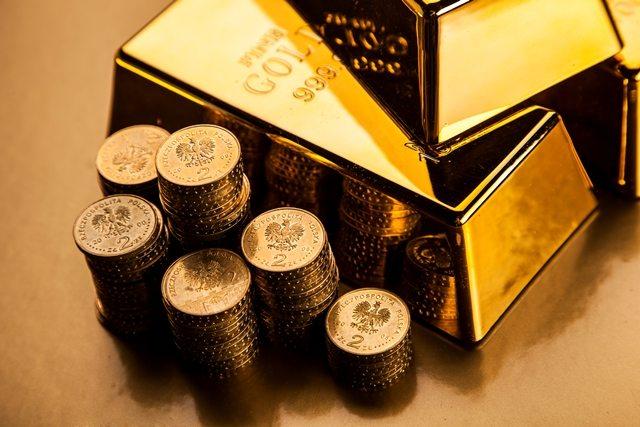 Giá vàng hôm nay ngày 17/2/2017 vàng tiếp tục tuột dốc