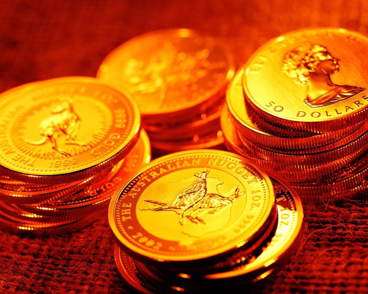 giá vàng hôm nay trên thị trường thế giới giao dịch ở ngưỡng 1.233,30 USD/ounce