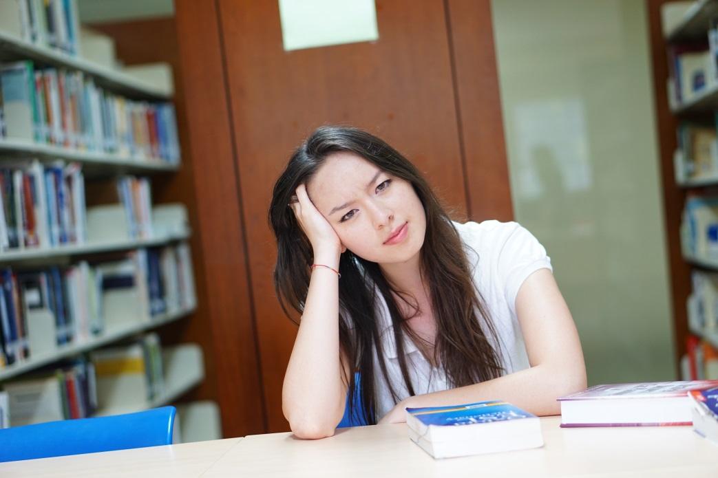 Đại học tự chủ nhưng 'quên' công khai học phí là cố ý lừa sinh viên?