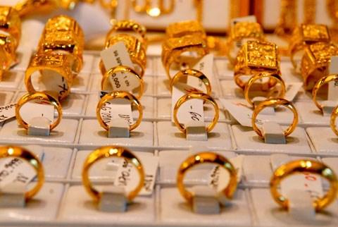 Giá vàng hôm nay ngày 9/9: Vàng hạ nhiệt song vẫn giao dịch ở mức cao