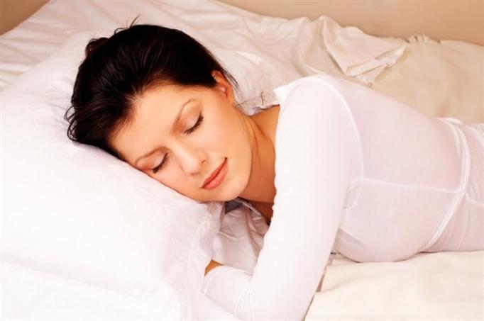 Những thói quen tai hại khi ngủ con gái cần dừng lại ngay