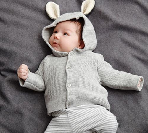 Những nguyên tắc mẹ cần phải nhớ khi chọn mua quần áo cho trẻ sơ sinh