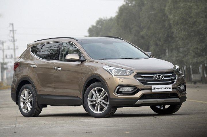 Sau 1 tuần giảm giá sốc, Hyundai SantaFe bán 'chạy như tôm tươi'
