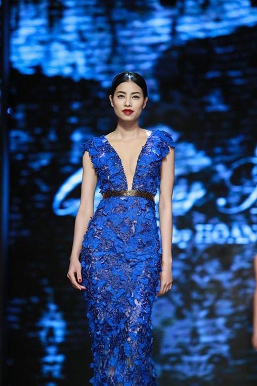 Hành trình 'lột xác' ngoạn mục của Phạm Hương sau 7 năm bước chân vào showbiz