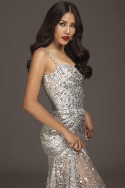 Nhan sắc của Nguyễn Thị Loan trước ngày nối tiếp Phạm Hương thi Miss Universe 2017