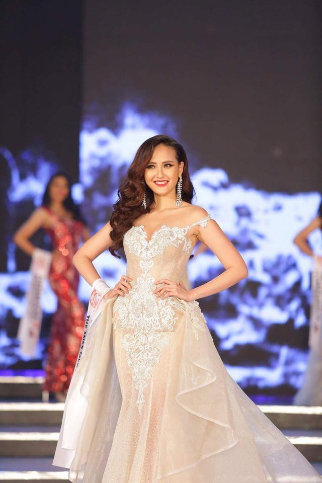 Ngắm nhan sắc của Khánh Ngân sau khi trở thành tân Hoa hậu Hoàn cầu 2017