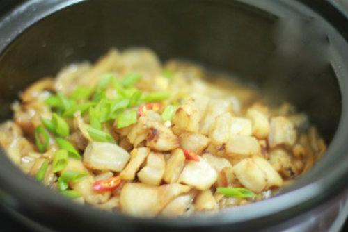 Cách làm cá cơm kho mỡ hành ngon nhất