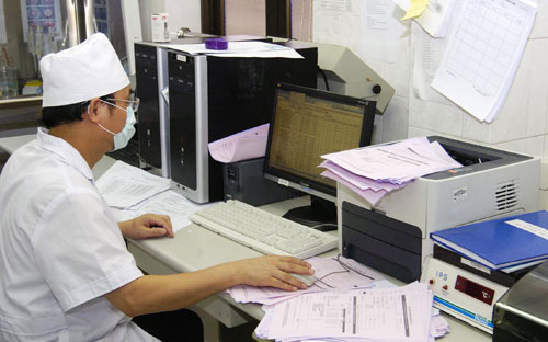Ngành y tế đẩy mạnh ứng dụng CNTT trong khám chữa bệnh