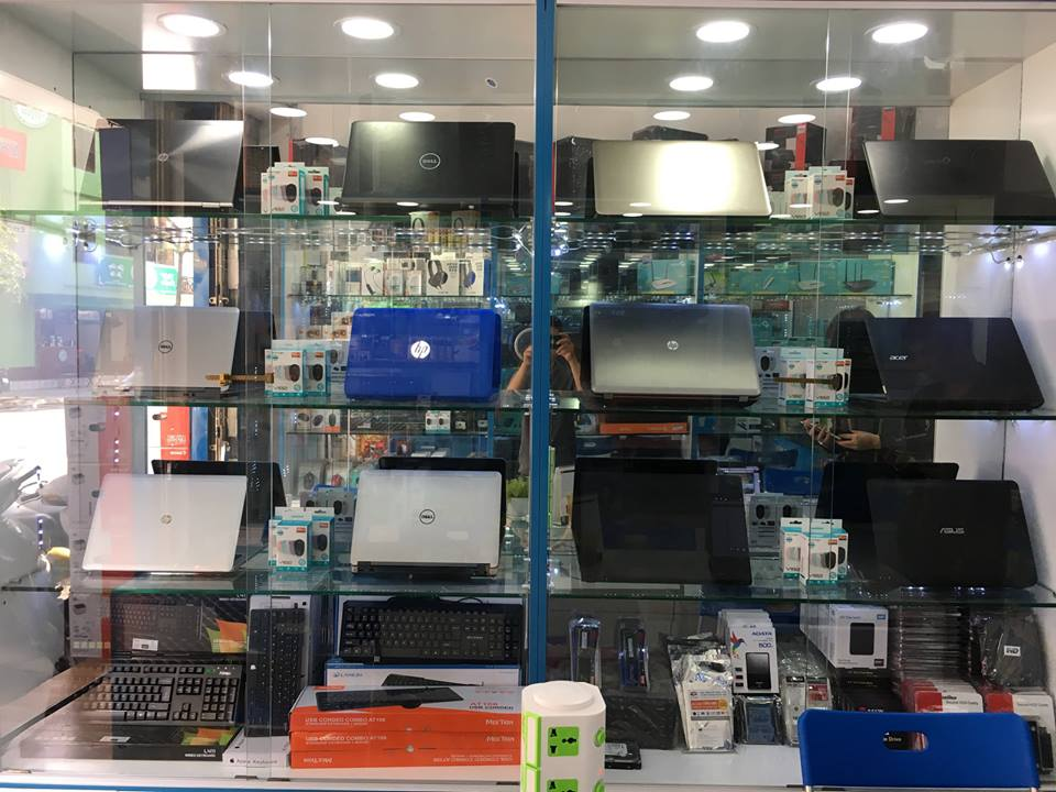 thị trường laptop khởi sắc