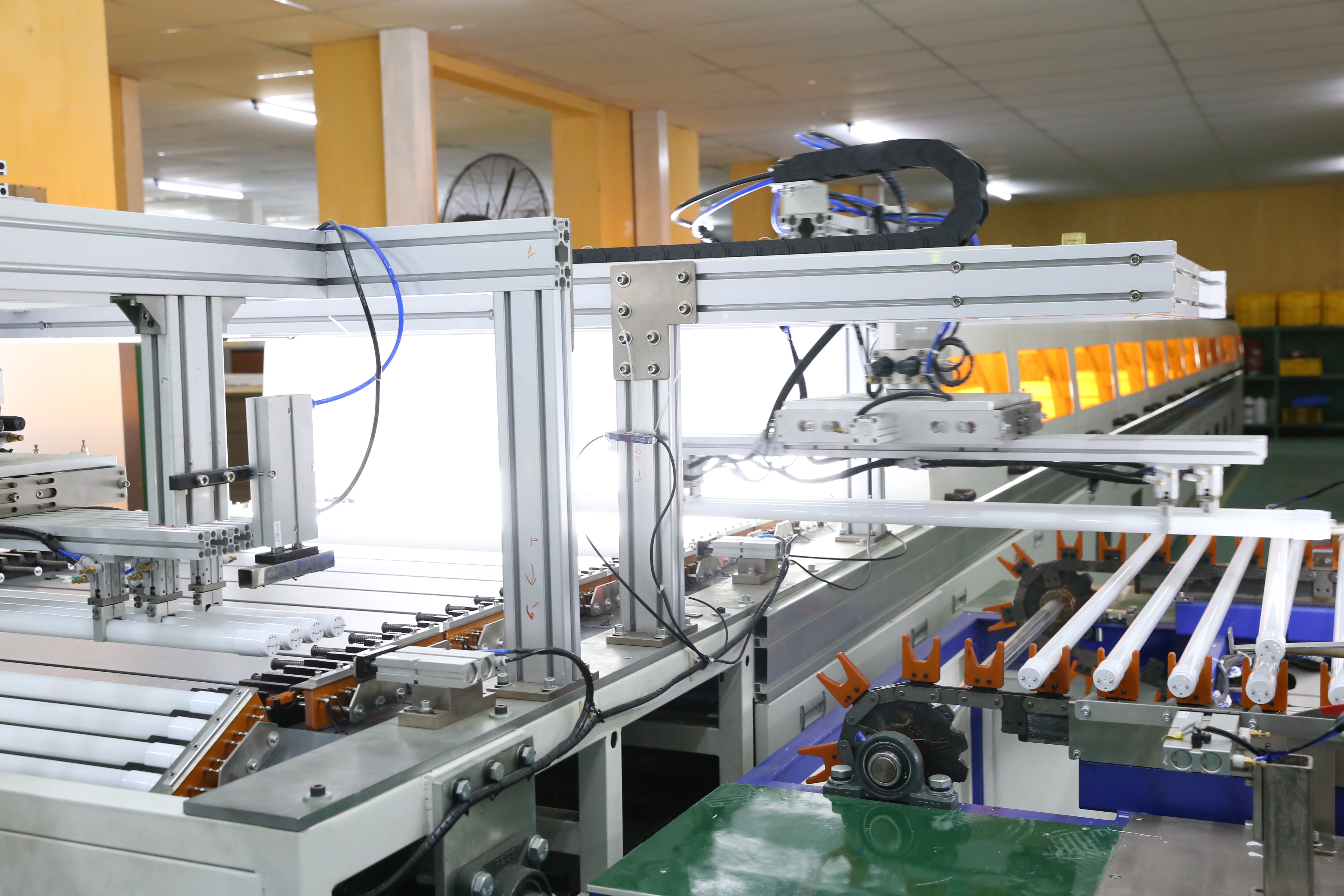 Áp dụng công nghệ tiên tiến vào sản xuất giúp doanh nghiệp nâng cao năng suất lao động