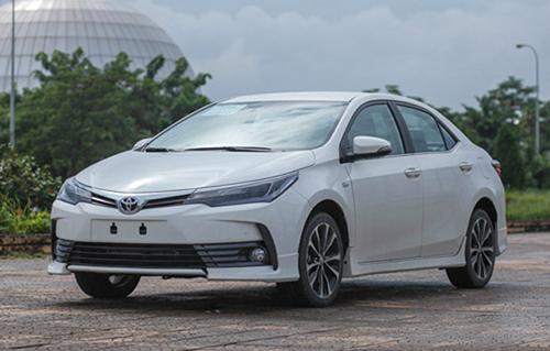 Toyota Corolla Altis 2018 chính thức về Việt Nam, giá tăng đột biến