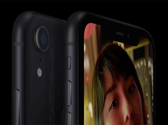 Chưa lên kệ bán iPhone XR đã bị 'chê tơi tả' bởi những điểm này