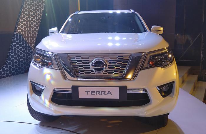 Nissan Terra giá từ 988 triệu đồng dự báo 'gây bão' bởi những công nghệ này