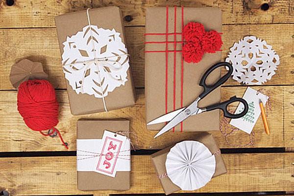 Không thể tái chế, giấy gói quà có thể bị cấm sử dụng?