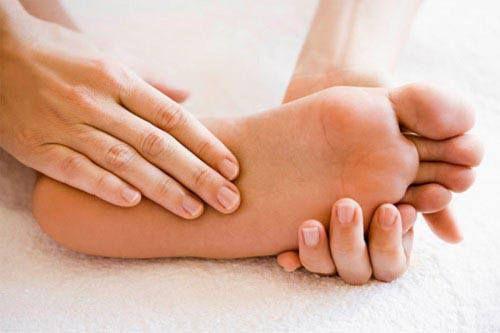 Những nguyên nhân không ngờ khiến chân tay lạnh cóng vào mùa đông