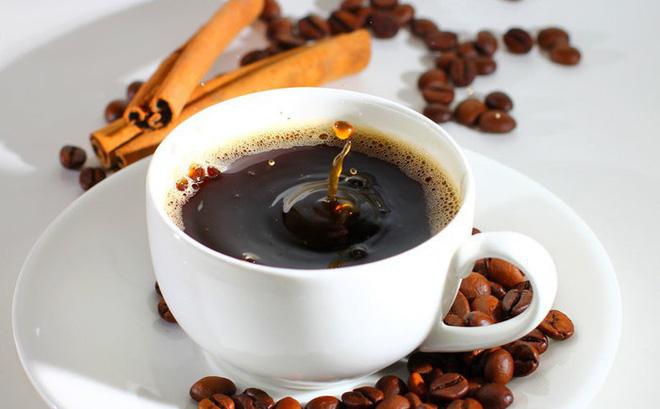 5 thói quen xấu cần loại bỏ ngay khi uống cà phê