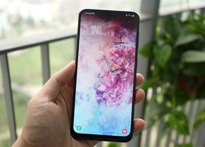 29.000 người đặt mua trước, Samsung Galaxy A50 sở hữu những tính năng gì?