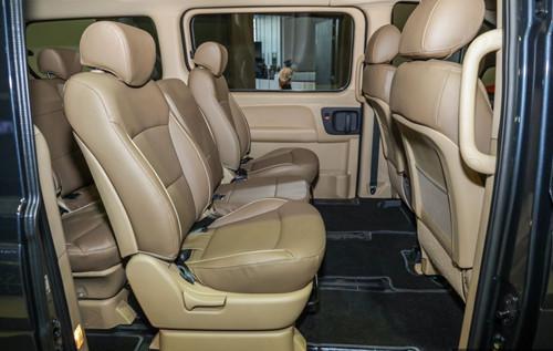 'Soi' công nghệ và ứng dụng trên Hyundai Starex nâng cấp giá từ 847 triệu đồng