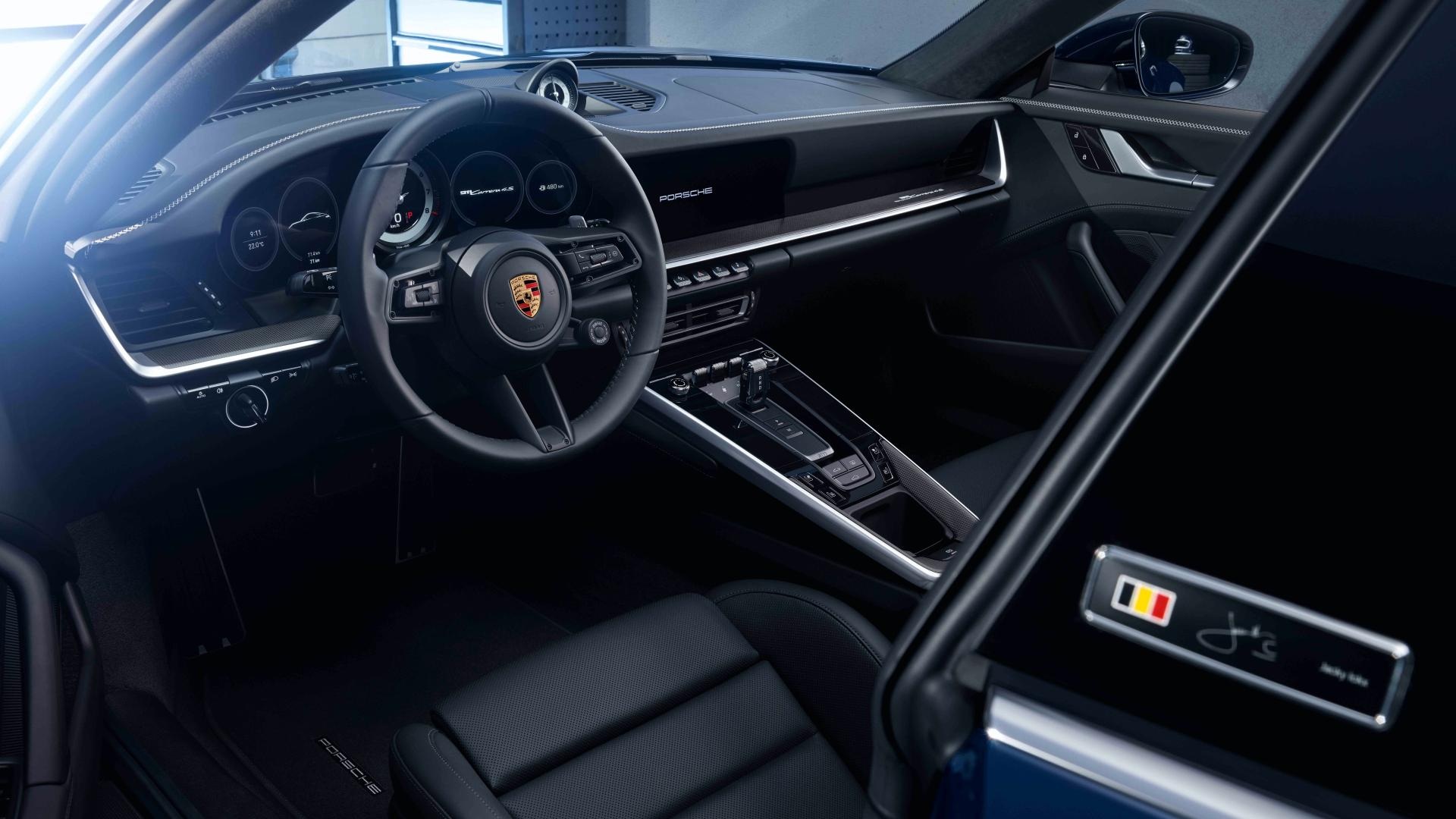 Porsche 911 2020 ra mắt chỉ với 75 chiếc có gì đặc biệt?