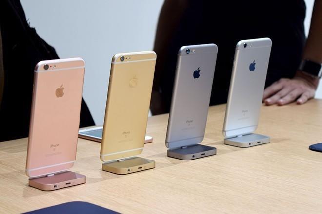 Hàng loạt iPhone chính hãng sẽ 'biến mất' khỏi thị trường Việt?