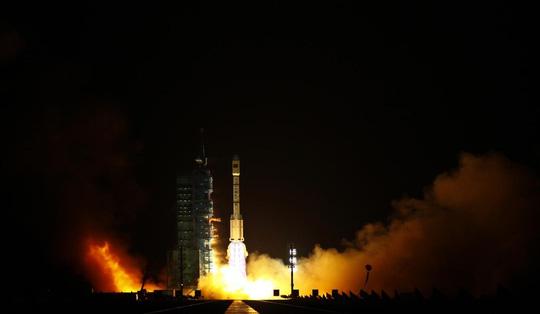 Hình ảnh Trung Quốc phóng Thiên Cung 1